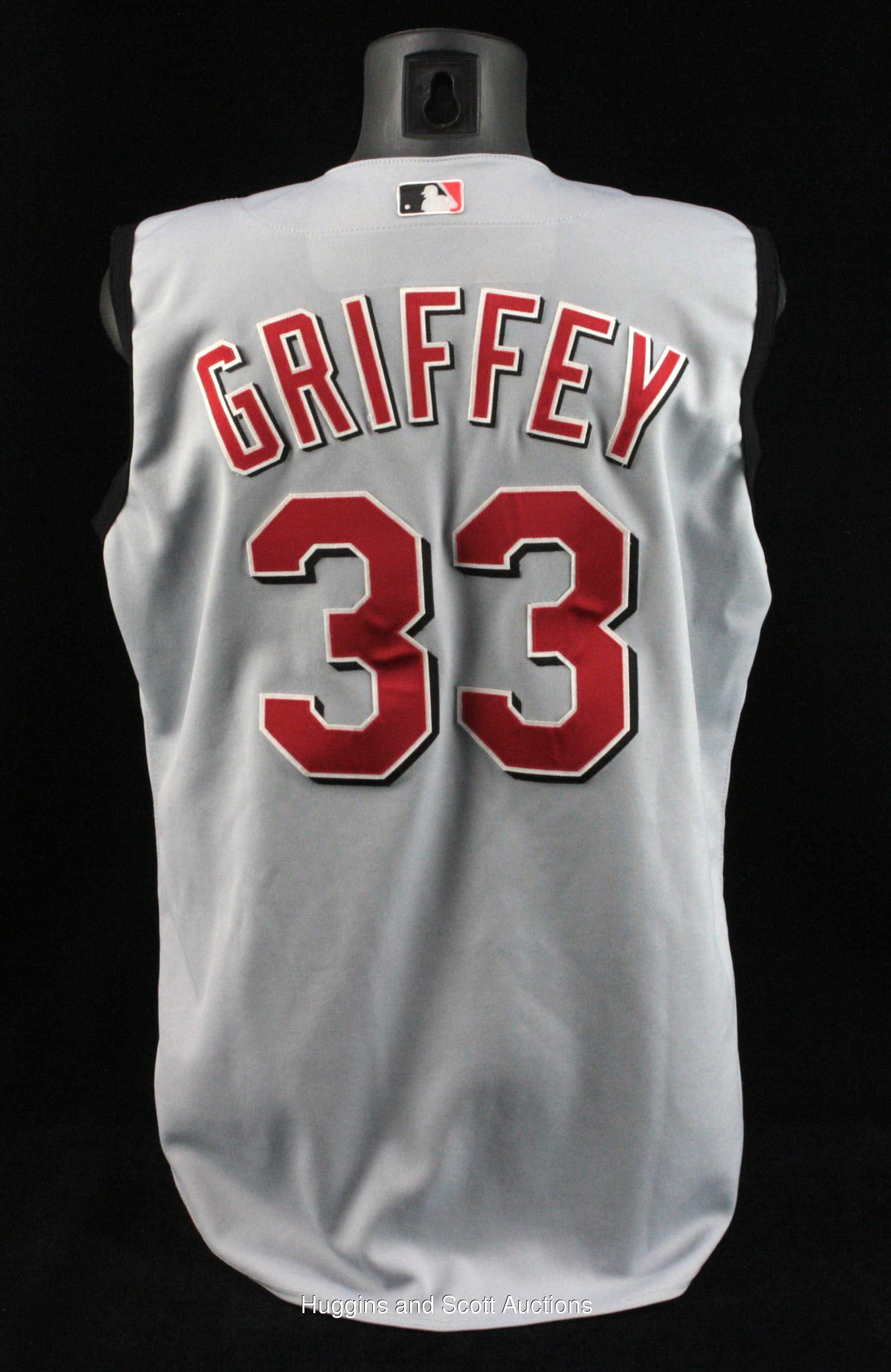 promo code ac9ec 5d8b1 2000 Ken Griffey Sr. Game-Worn Coaches Road Jersey